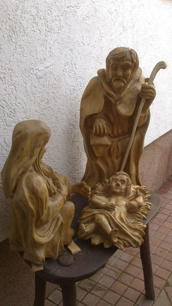 Chainsaw carving engel woodcarving made by